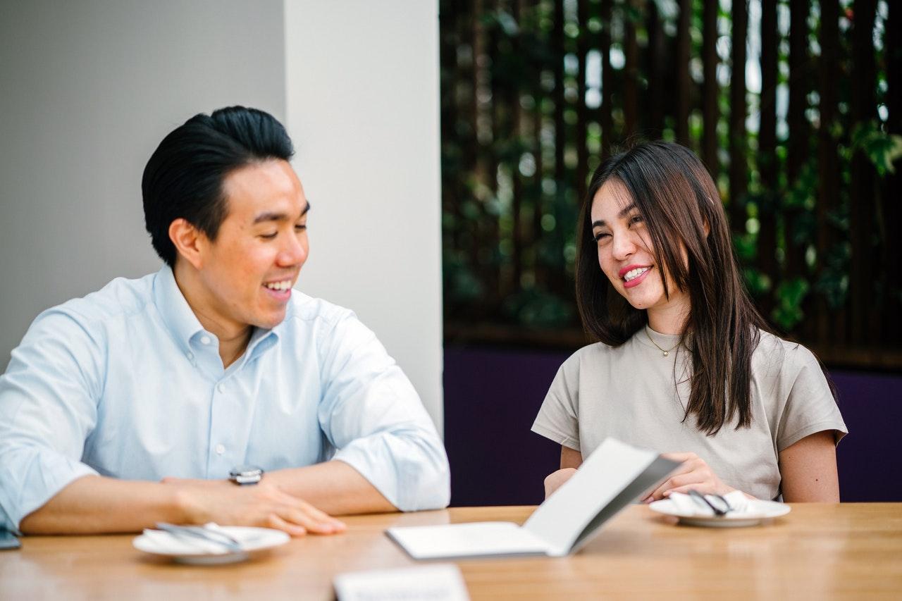 ハウスメーカーの営業マンと付き合うコツや見極めるための2つの方法